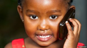Afrikaans meisje belt